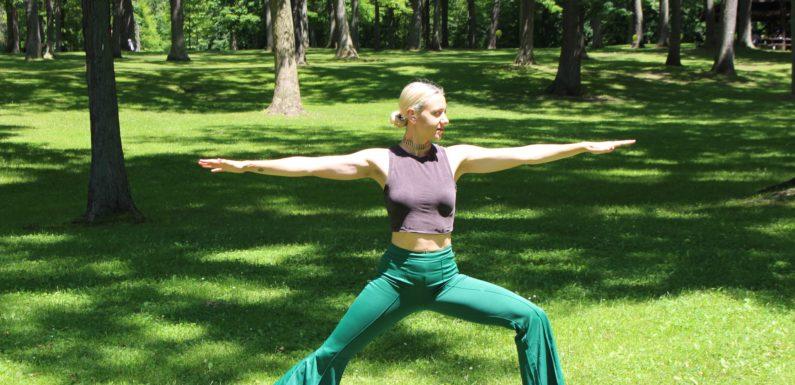 Darmowe zajęcia jogi w plenerze<span class=