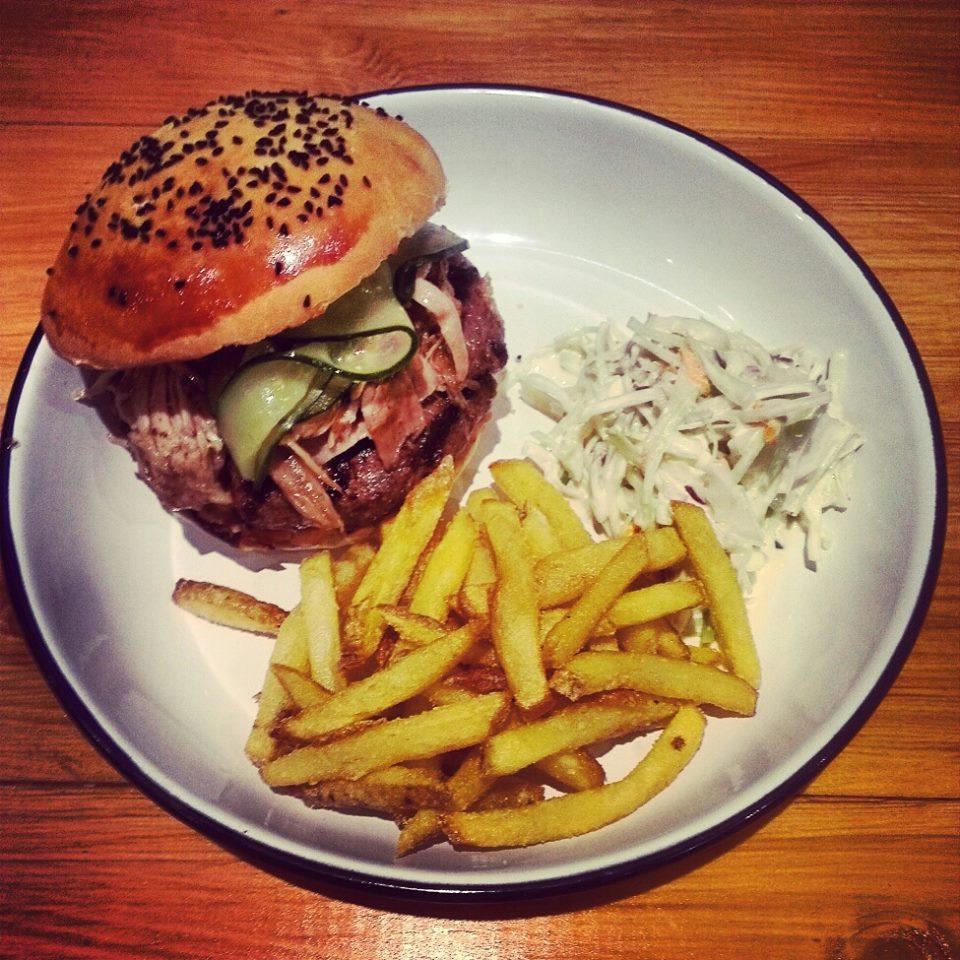 Gdzie zjeść najlepsze burgery w Poznaniu?